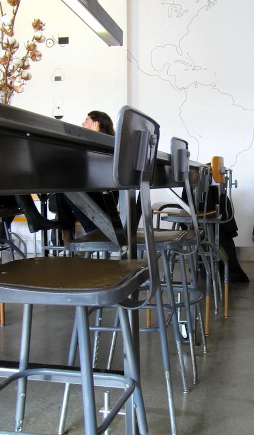 Brunch zen au caf falco une parisienne montr al for Meubles zen montreal