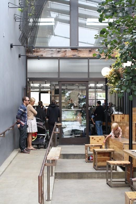 Coffee Shop Venice - Intelligentsia