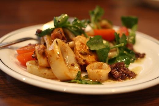 Brunch La Bete a Pain - salade de pieuvre et calmar braisé