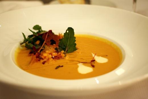 MTL a TABLE soupe a la courge Toque