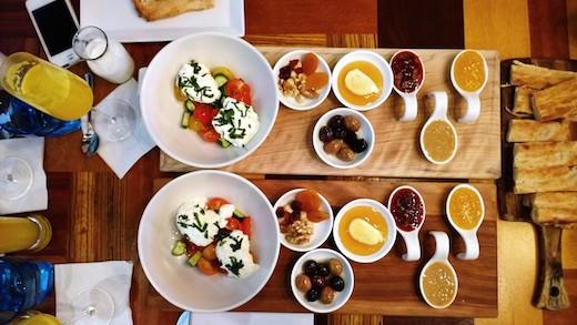 Trois brunchs, trois quartiers #10 : Barbounya, Café Fixe et Barcola Bistro