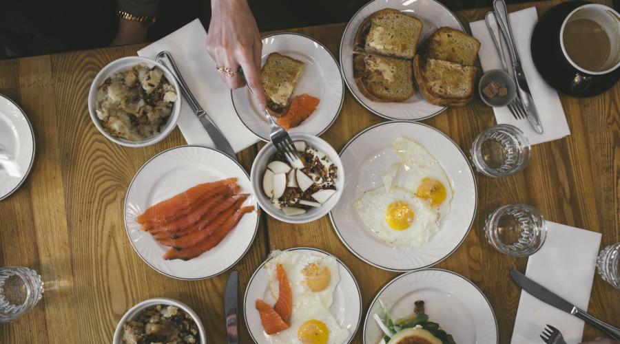 Trois brunchs, trois quartiers #22 : Hoogan & Beaufort, Brasserie Harricana et Larry's