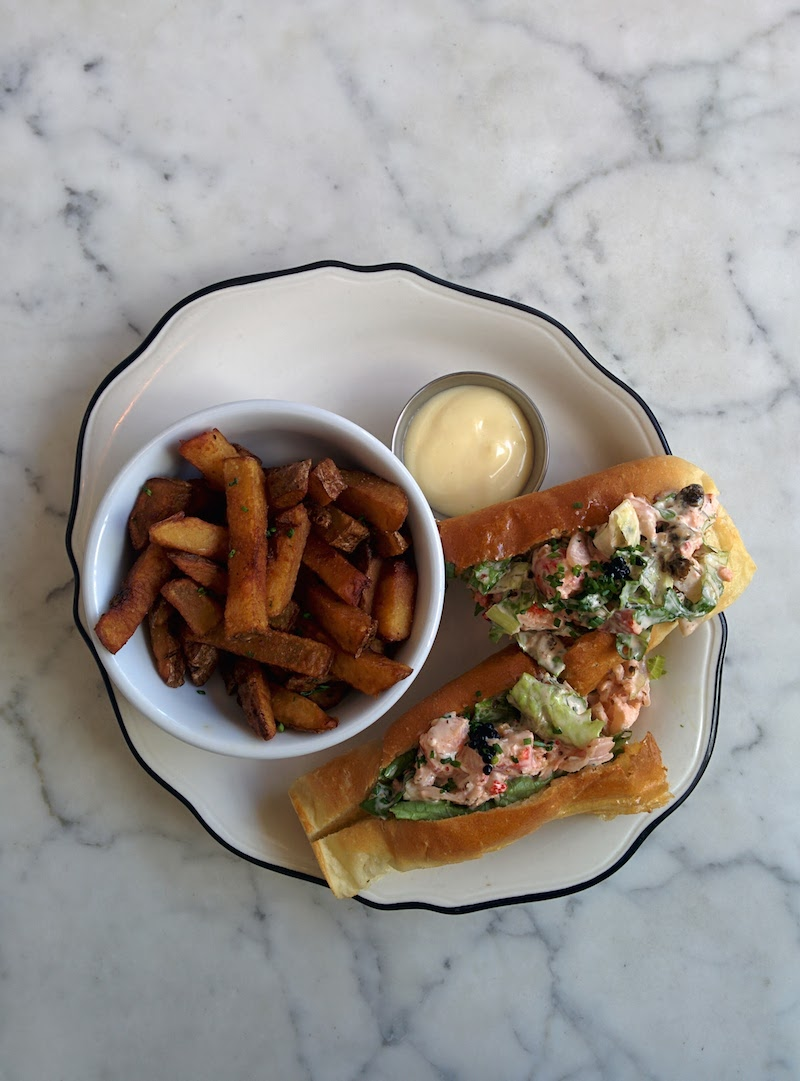 lobster roll pier 66 brunch outremont