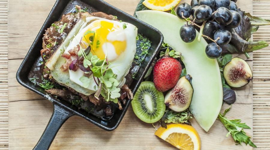 MTLàTABLE X On Déjeune – focus sur trois brunchs : Au Petit Extra, Les Soeurs Grises et Brasserie T