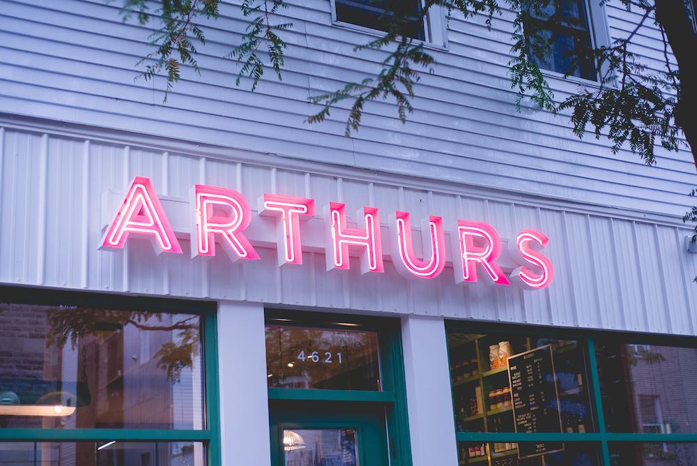 Arthurs Nosh Bar montreal saint henri
