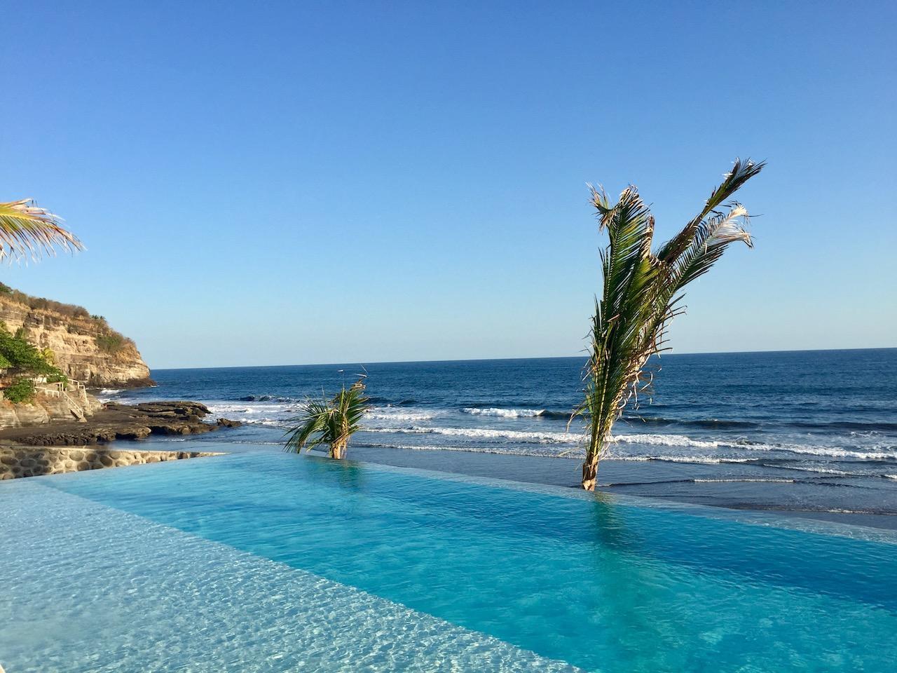puro-surf-el-zonte-luxury-hotel-el-salvador